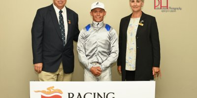 R2 Alan Greeff Richard Fourie Dubula-Fairview 8-March-2019-1-PHP_0219