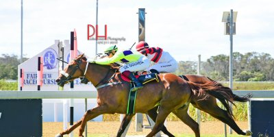 R3 Jacques Strydom-Diago de Gouveia-Tree Of Life-Fairview 1-March-2019-1-PHP_8936