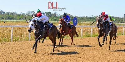R1 Yvette Bremner Lyle Hewitson Fat Lady Sings-Fairview 12-April-2019-1-PHP_4117