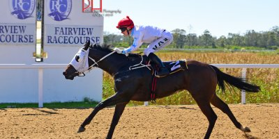 R1 Yvette Bremner Lyle Hewitson Fat Lady Sings-Fairview 12-April-2019-1-PHP_4121