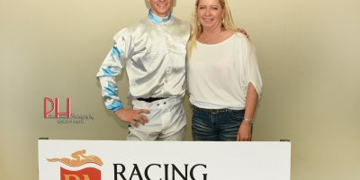 R1 Yvette Bremner Lyle Hewitson Fat Lady Sings-Fairview 12-April-2019-1-PHP_4140