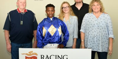 R2 George Uren Louie Mxothwa Day's Of Thunder-Fairview 19-April-2019-1-PHP_5335