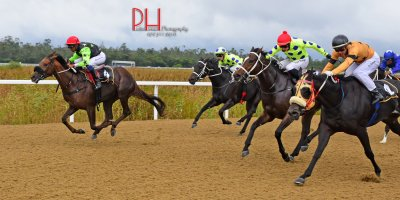 R3 Five Star Racing Charles Ndlovu On A Promise-Fairview 22-April-2019-1-PHP_5981