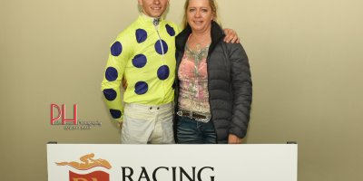 R5 Yvette Bremner Lyle Hewitson Calla Lily-Fairview 5-April-2019-1-PHP_3770