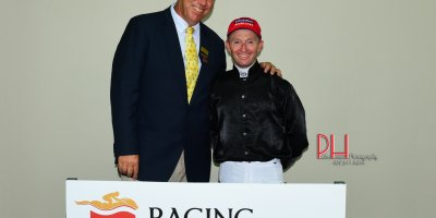 R8 Alan Greeff Greg Cheyne Maple Syrup-Fairview 12-April-2019-1-PHP_4612