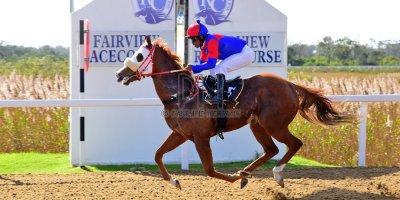 R1 Sharon Kotzen Louie Mxothwa Princess Blitz- 17 May 2019-Fairview Racecourse-PHP_9905