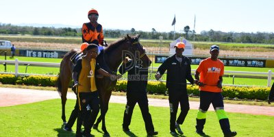 R2 Yvette Bremner Lucky Mkhwambi Dancing In Seattle - Work Riders- 11 May 2019-Fairview Racecourse-PHP_8976