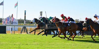 R5 DH Tara Laing Chase Maujean Captain Marooned - Gavin Smith Julius Mphanya Royal Fort- 24 May 2019-Fairview Racecourse-PHP_0642