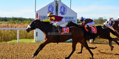 R6 Alan Greeff Teaque Gould Lord Windermere- 10 May 2019-Fairview Racecourse-PHP_8592