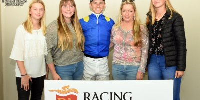 R2 Yvette Bremner Lyle Hewitson Self Assured- 28 June 2019-Fairview Racecourse-1-PHP_7840 (1)