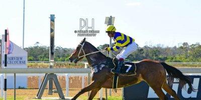 R3 Duncan McKenzie Louie Mxothwa Escape To Vegas- 26 July 2019-Fairview Racecourse-1-PHP_1760