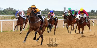 R3 Yvette Bremner Lyle Hewitson Her Eminence- 8 July 2019-Fairview Racecourse-1-PHP_9301