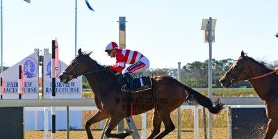 R4 Alan Greeff Greg Cheyne Union Jack- 14 June 2019-Fairview Racecourse-1-PHP_5494