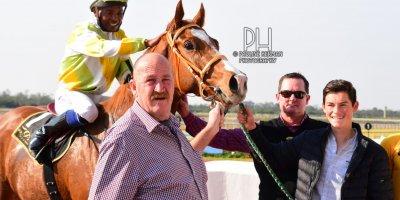 R4 Hekkie Strydom Charles Ndlovu Elusive Kat- 21 June 2019-Fairview Racecourse-1-PHP_7401