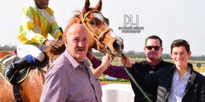 R4 Hekkie Strydom Charles Ndlovu Elusive Kat- 21 June 2019-Fairview Racecourse-1-PHP_7402