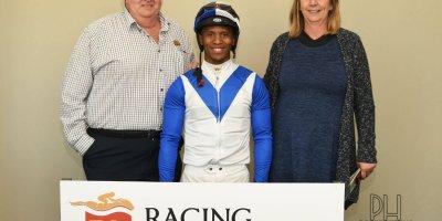 R6 Sharon Kotzen Louie Mxothwa Seeking Wisdom- 26 July 2019-Fairview Racecourse-1-PHP_1973