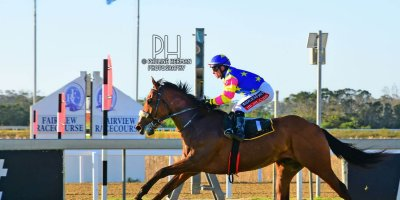 R7 Alan Greeff Greg Cheyne Foreign Source- 26 July 2019-Fairview Racecourse-1-PHP_1996