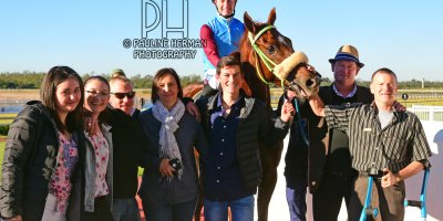 R7 Jacques Strydom Greg Cheyne Onesie PE Gold Cup- 14 June 2019-Fairview Racecourse-1-PHP_5751
