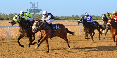 R7 Yvette Bremner Lyle Hewitson Copper Trail- 5 July 2019-Fairview Racecourse-1-PHP_8705