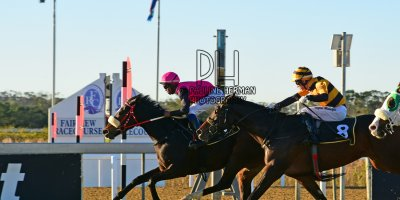 R8 Sharon Kotzen Charles Ndlovu Just My Style- 14 June 2019-Fairview Racecourse-1-PHP_5814