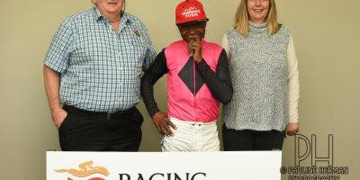 R8 Sharon Kotzen Charles Ndlovu Just My Style- 14 June 2019-Fairview Racecourse-1-PHP_5844