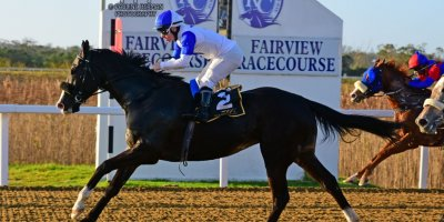 R8 Tara Laing Wayne Agrella La Roquette- 5 July 2019-Fairview Racecourse-1-PHP_8751