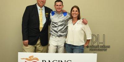R9 Alan Greeff Bernard FaydH'erbe Dubula- 14 June 2019-Fairview Racecourse-1-PHP_5901