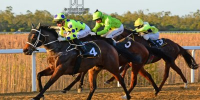R9 Yvette Bremner Lyle Hewitson Zalika- 5 July 2019-Fairview Racecourse-1-PHP_8814