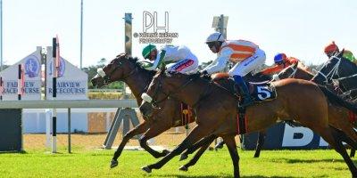 R2 Alan Greeff Greg Cheyne Lucio-Fairview Racecourse-9 August 20191-PHP_4537