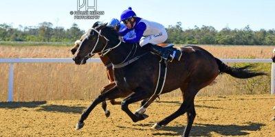 R2 Duncan McKenzie Teaque Gould Sierra Lane- 5 August 2019-Fairview Racecourse-1-PHP_3811