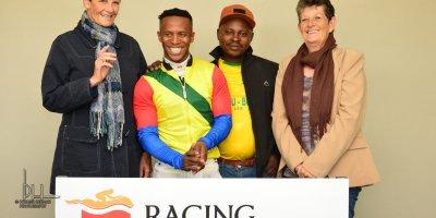 R2 Sharon Kotzen Louie Mxothwa Just Amazing-Fairview Racecourse-16 August 20191-DSC_0217