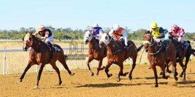 R5 Hekkie Strydom Charles Ndlovu Okavango Delta- 5 August 2019-Fairview Racecourse-1-PHP_4038