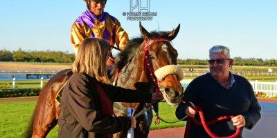 R9 Sharon Kotzen Louie Mxothwa Kentucky Blue-Fairview Racecourse-9 August 20191-PHP_5085