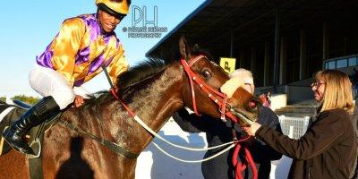 R9 Sharon Kotzen Louie Mxothwa Kentucky Blue-Fairview Racecourse-9 August 20191-PHP_5092