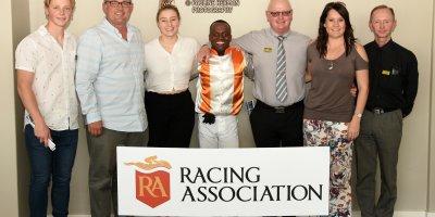R1 Gavin Smith Julius Mphanya Benevolence-Fairview Racecourse-27 September 20191-PHP_0921