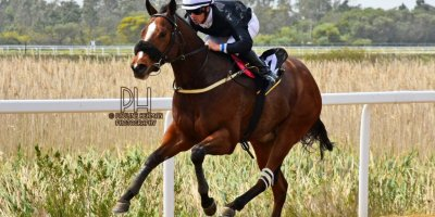 R1 Tara Laing Chase Maujean Thomas Shelby-Fairview Racecourse-20 September 20191-PHP_9244