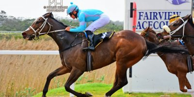 R2 Yvette Bremner Richard Fourie Mary O Reilly-Fairview Racecourse-20 September 20191-PHP_9298