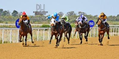 R3 Gavin Smith Muzi Yeni Blanco-Fairview Racecourse-27 September 20191-PHP_0964