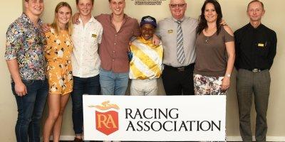 R3 Gavin Smith Muzi Yeni Blanco-Fairview Racecourse-27 September 20191-PHP_1001