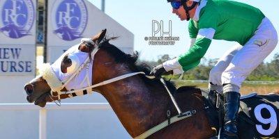 R3 Gavin Smith Warren Kennedy Master Newton-Fairview Racecourse-6 September 20191-PHP_7870