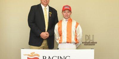 R4 Alan Greeff Greg Cheyne Ambra-Fairview Racecourse-2 September 20191-PHP_7393