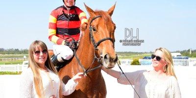 R4 Yvette Bremner Warren Kennedy Blushing Bride-Fairview Racecourse-27 September 20191-PHP_1083