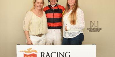 R4 Yvette Bremner Warren Kennedy Blushing Bride-Fairview Racecourse-27 September 20191-PHP_1102