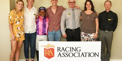 R5 Gavin Smith Muzi Yeni Duke of Hazard-Fairview Racecourse-27 September 20191-PHP_1182