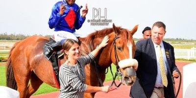 R6 Alan Greeff Charles Ndlovu Meryl - Walmer Handicap-Fairview Racecourse-20 September 20191-PHP_9559