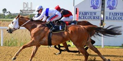 R6 Gavin Smith Greg Cheyne Dawnbreaker-Fairview Racecourse-27 September 20191-PHP_1223