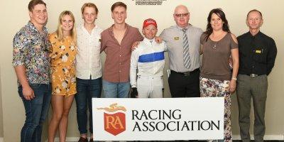 R6 Gavin Smith Greg Cheyne Dawnbreaker-Fairview Racecourse-27 September 20191-PHP_1262