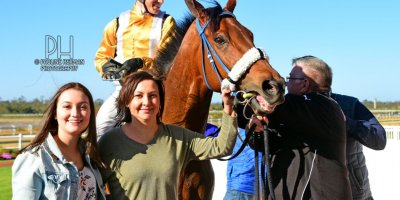 R6 Jacques Strydom Collen Storey Mahir-Fairview Racecourse-6 September 20191-PHP_8160