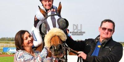 R7 Jacques Strydom Greg Cheyne Frikkie-Fairview Racecourse-20 September 20191-PHP_9617