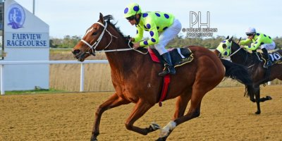 R7 Yvette Bremner Richard Fourie Sir Frenchie-Fairview Racecourse-13 September 20191-PHP_8742